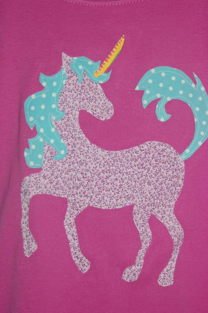 Just Deanna: Applique Tee Week: The Unicorn tee