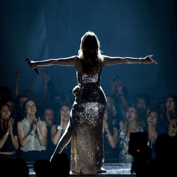 Encore un soir - La nouvelle chanson francophone de Céline Dion est disponible sur Internet | HollywoodPQ.com