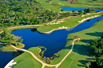 Read about Boca's best golf courses! Our blog features three of the top in the city; tell us which is your favorite!