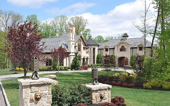 Melissa Gorga House: Melissa Gorga's house in Montville Township, New Jersey, is 13,500 square feet, and rests on 2.24 acres of highly landscaped land...