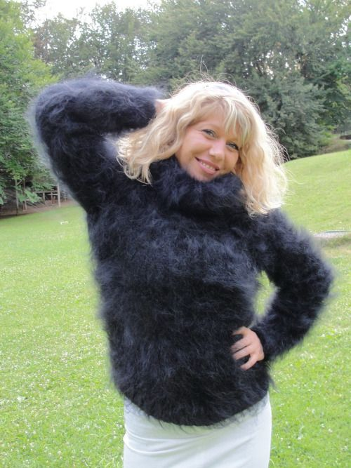 Fluffy And Bulky Mohair Lover Woman S Fuzzy Sweaters