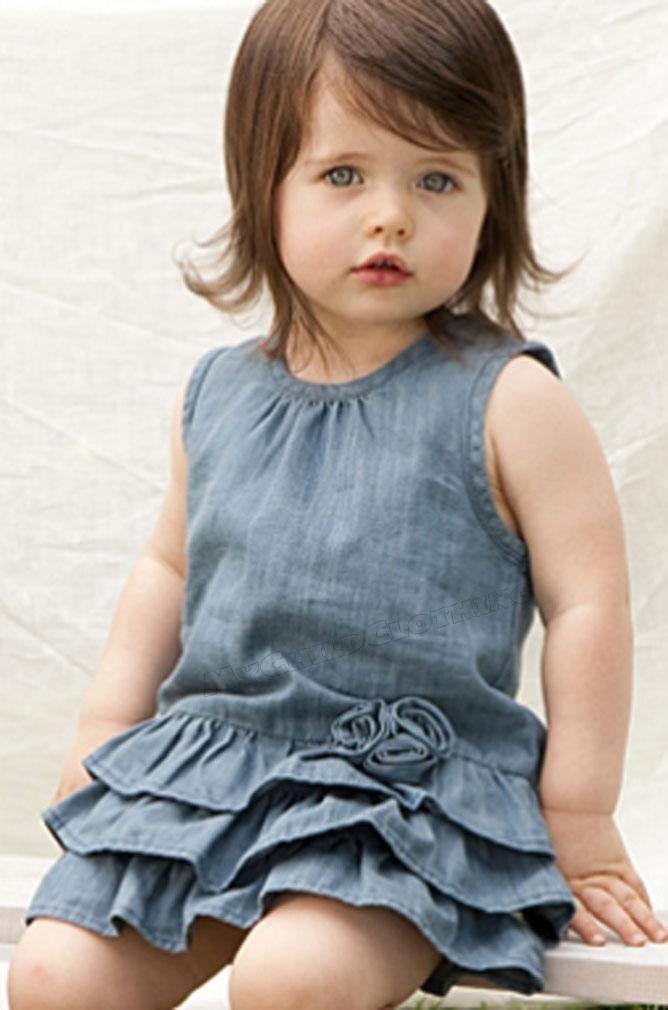 手机壳定制bass shoes outlets Little girl in denim dress
