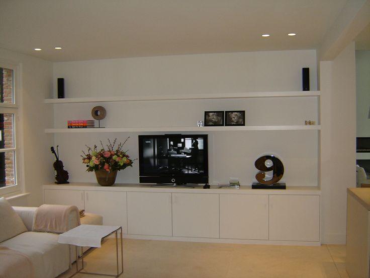 modern wit tv-meubel.