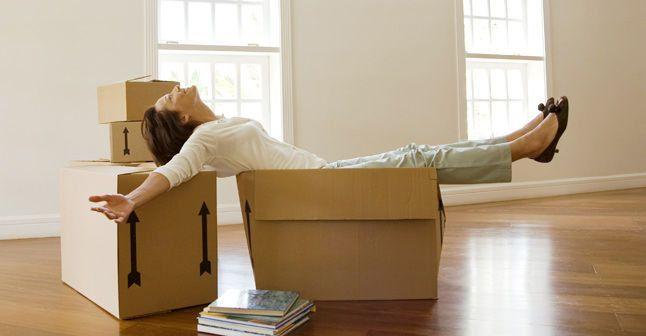 Vous venez d'acheter une villa, de faire l'acquisition d'un appartement ou de louer un studio ? Votre petit nid est prêt.  Mais avez-vous pensé aux frais de déménagement? Louer un camion, un élévateur, louer les services d'un déménageur ou louer un entrepôt.. Non?  Pas de frayeur! Avec Cash48.lu, vous déménagerez sans soucis!  Avec notre crédit déménagement, vous choisissez le montant que vous souhaitez emprunter, la durée du crédit voulue ainsi que les mensualités que vous désirez…