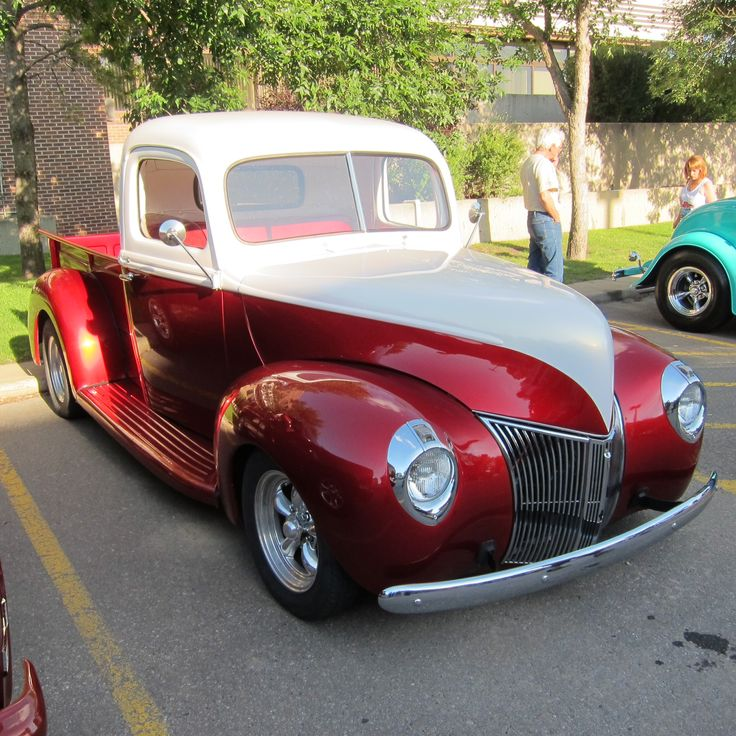 1940 Ford.  Love this truck