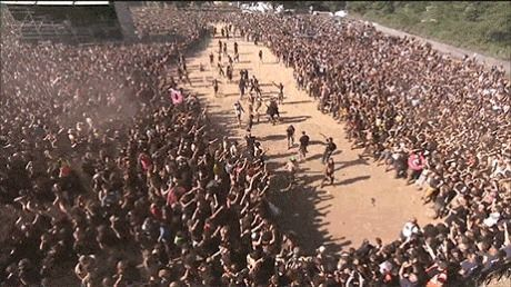 This will happen outside every cinema on June 10 (Warcraft Movie release)