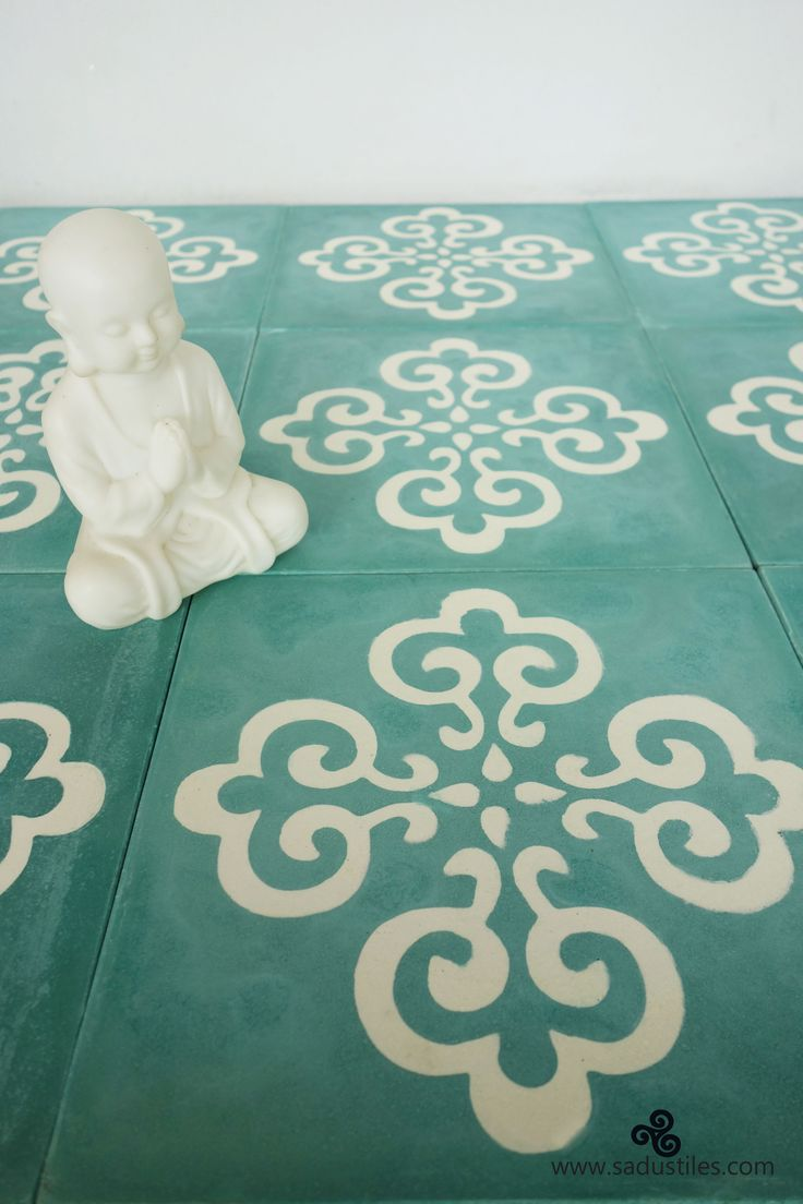 """Sadus Tiles exclusive design S-10 in color 4 and """"living white"""" who get's inspired to redecorated their bathroom?"""