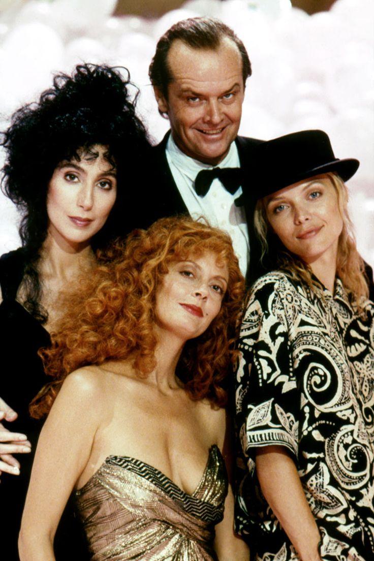 Las brujas de Eastwick, Cher junto con Susan Sarandon, Michelle Pfeiffer y Jack Nicholson.