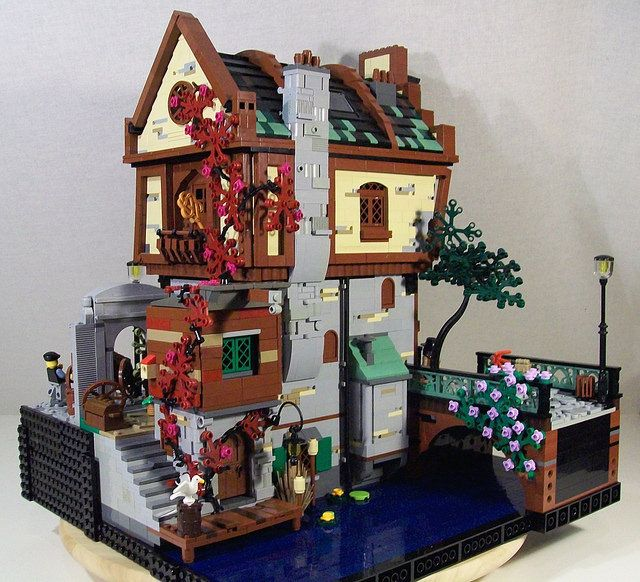 LEGO Green Grocer MOC by Bennemans1984 #Lego #LegoModular #LegoBuild…