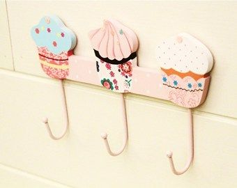 Cute cupcake hangers