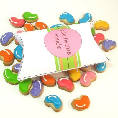 Bite-Size Jelly Bean Cookies (and matching favor box)Beans Cookies, Beans Prayer, Favor Boxes, Cookies Cutters, Favors Boxes, Jellybean Cookies, Jelly Beans, Easter Treats, Mr. Beans