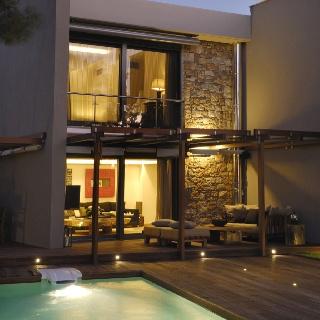 Home exterior pool  deck