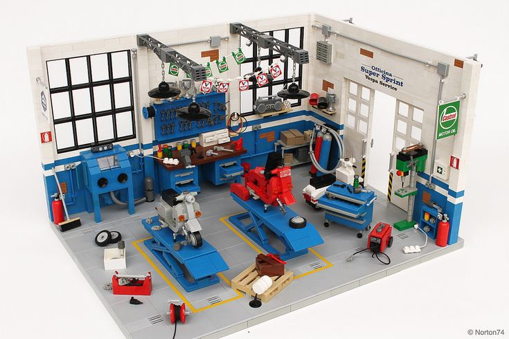 "https://flic.kr/p/sqBiUK | Dream Garage | Officina Super Sprint | Classic Vespa Workshop | This year <b>Officina Super Sprint</b> turns twenty and to pay tribute for this important anniversary I built the LEGO model of the ""Officina"". <b><a href=""http://www.officinasupersprint.it/supersprint/rm/chi_siamo/"" rel=""nofollow"">Officina Super Sprint</a></b> is a Vespa specialized workshop. It was founded in 1995 by two friends, one of them is also an AFOL (Adult Fan Of LEGO) known as Norton74…yes…"