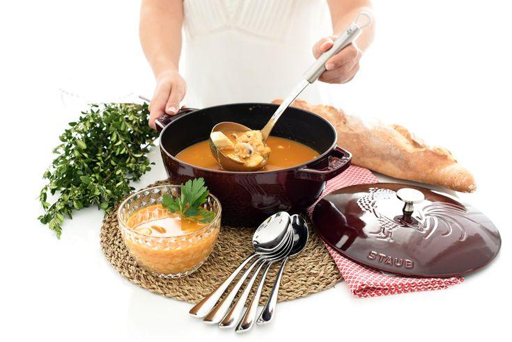 La mejor sopa de pescado del mundo, ideal para cuando tienes invitados y para 6 personas. Desde luego si quieres quedar bien esta es tu receta con Thermomix
