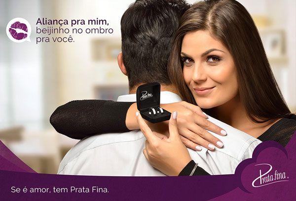O Dia dos Namorados é uma das datas mais importantes do ano para a Prata Fina. E para impulsionar ainda mais as vendas, criamos essa campanha que foi veiculada em rádios, cinemas, mídia externa e revistas em cidades do Paraná, Santa Catarina, Rio Grande do Sul e no interior de São Paulo.