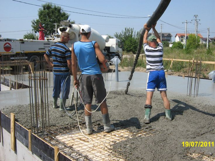 How to make a concrete slab for a house