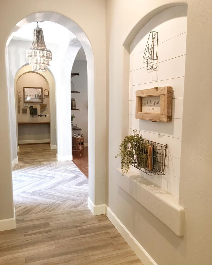 1 204 Likes 58 Comments Jaci Hodge Shabbydesertnest On Instagram My Second Shiplap Niche