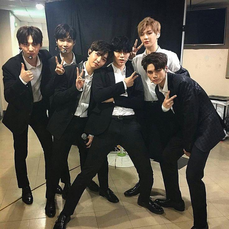 INSTAGRAM] 01.07.17 - Atualização de Hyunbin com Seongwoo, Daniel e o time Sorry Sorry.