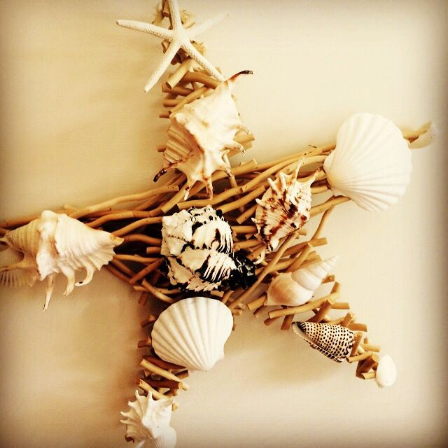 Driftwood & large shell wreath