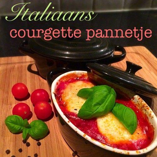 Italiaans courgette pannetje.  De courgette pannetjes zijn goed te combineren met gebakken aardappeltjes en karbonades of worstjes... (courgette, tomaten blokjes, tomatenpuree, knoflook, ui, mozzarella, Italiaanse kruiden, makkelijk, simpel, avondeten, maaltijd, oven, groente, gezond, recept)