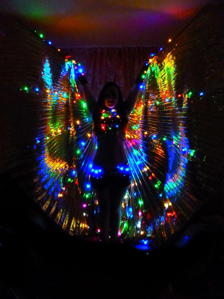 Танцовщица в стиле tribal indian trap Tata Baeva #tatabaeva tribal fusion, bellydance, wings, восточные танцы, трайбл, indian, dance, dancing, music, song, dancer tatabaeva, arab trap, современный восточный танец, трап, arabian trap, arabic, bellydance show, светодиодный костюм, светящиеся крылья, танец со светодиодами, шоу, восточный танец под электронную музыку, Tata Baeva, 2017, led dance, bollywood, индийский, идея для фото, костюм для танца