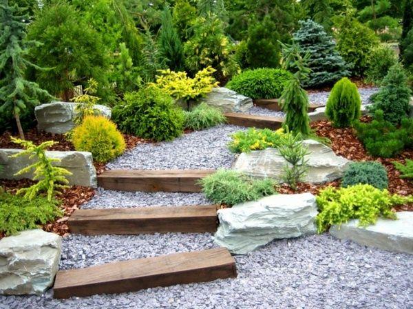 Jardin embellir grands escaliers et de gravier