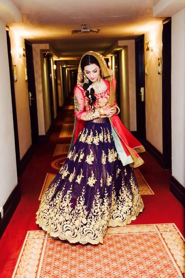 Bridal Elegance : Tina Duranni Mahndi Outfit