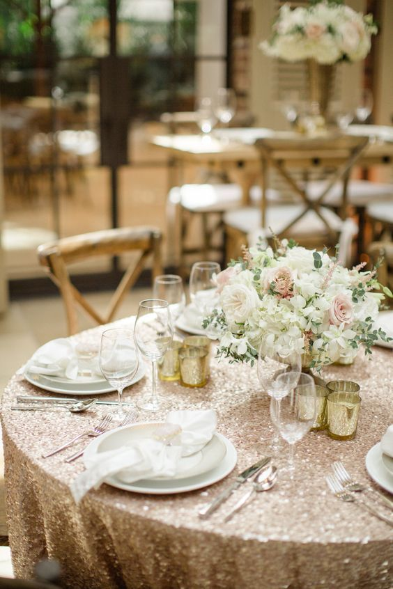35 classic and luxury champagne wedding ideas wedding centerpieces rh pinterest com