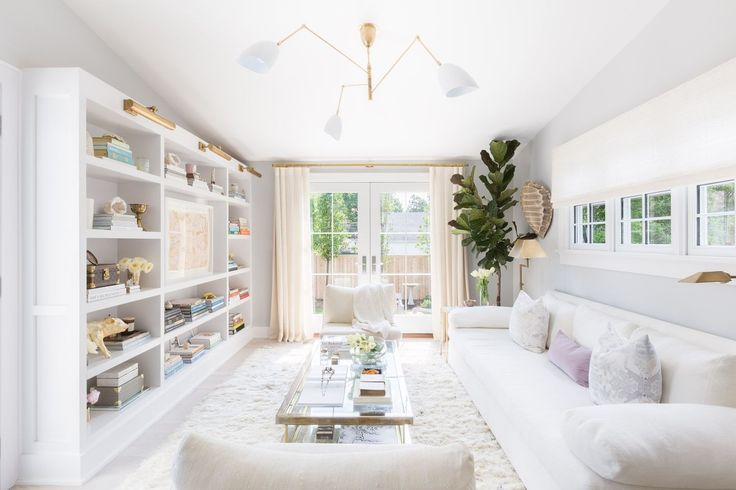 House Tour: A Classic Cape Cod Redesigned To Suit A Mom And Her Girls - ELLEDecor.com
