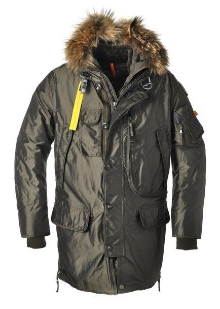 Parajumpers Women is your best Parka in cold winter. Parajumpers Jacket Sale online can offer warm feeling to protect you from cold weather. Parajumpers Women Parka is one of classical parka on our Parajumpers online store. You will find that Parajumpers Light Long Bear Woman Coat Olive is the best clothing for you in cold winter.