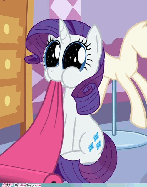 OK! who put flufflepuff in rarity's body? TWILIGHT?!