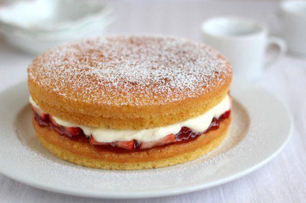 Бисквитный торт Виктория