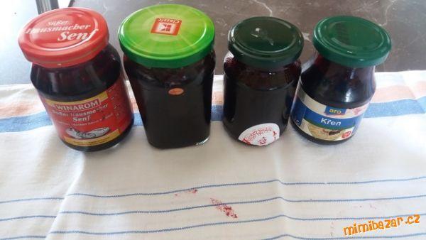 Marmeláda z černého rybízu