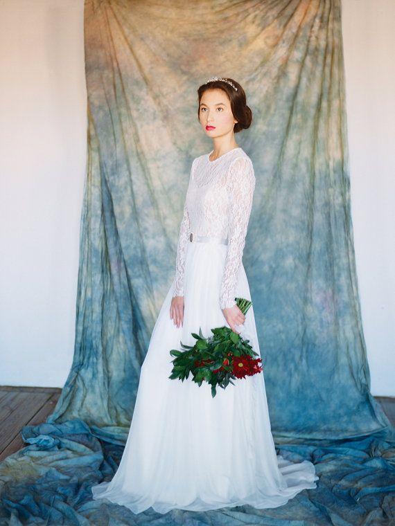 Орион // Легкое свадебное платье Прямое от Milamirabridal на Etsy