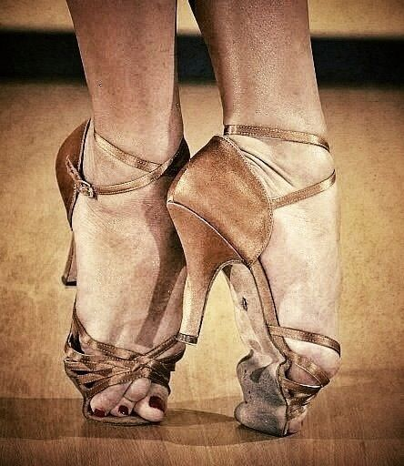Dancers can bleed and  hurt but real dancers don't practice till they get it right they practice to the point where they cant get it wrong :-)