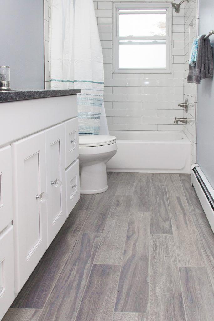 Great Tile Ideas For Small Bathrooms Modernmimar Com Decor Bathrooms Great Ideas Modernmimarcomdecor Small In 2020 Ideal Bathrooms Small Bathroom Tile Bathroom