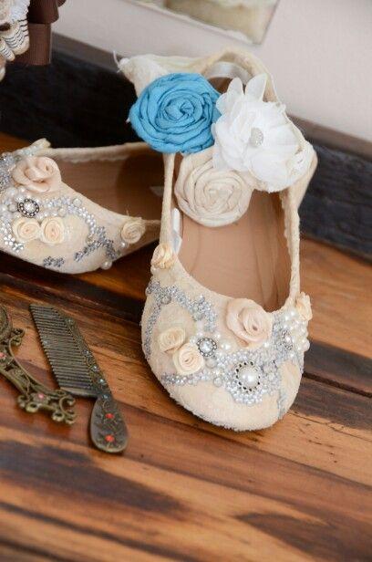 Diy wedding lace shoes