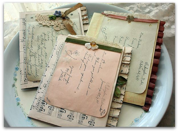 LOTS of cute page ideas for my next junk journal