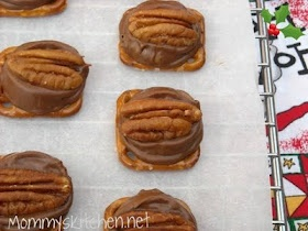 Rolo and Pretzel Turtles | Recipes | Pinterest