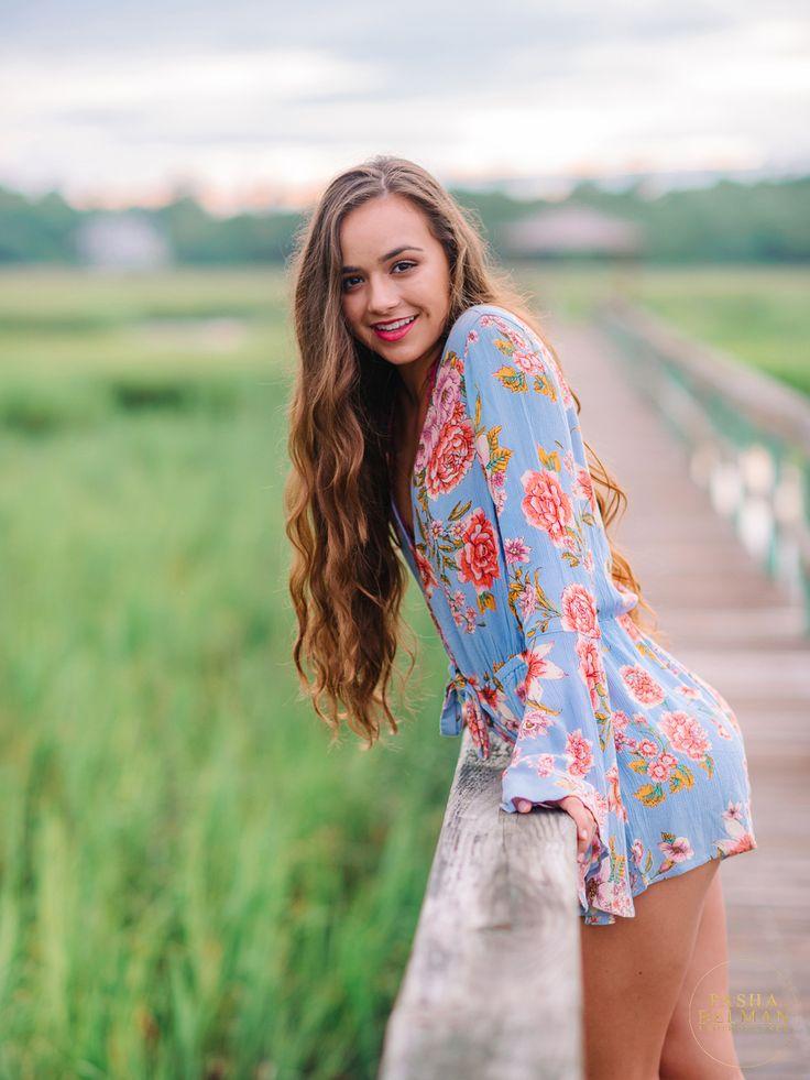 Senior Ideas on Pinterest   Senior Portraits, Senior Girl