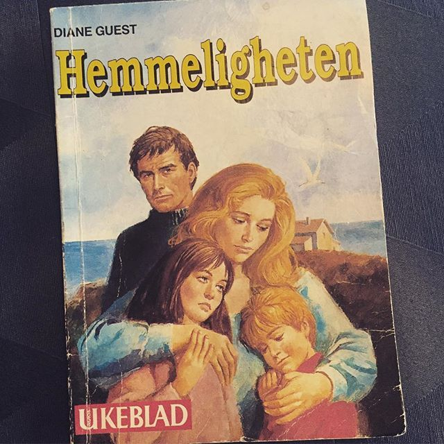 50/52 - A book that made me cry. Okay this one is a bit of a stretch but it really is a sad book. There is incestuous behaviour, blackmail and traumatised children so I say it goes. Also, I read the whole thing in Norwegian so that has to count for something.