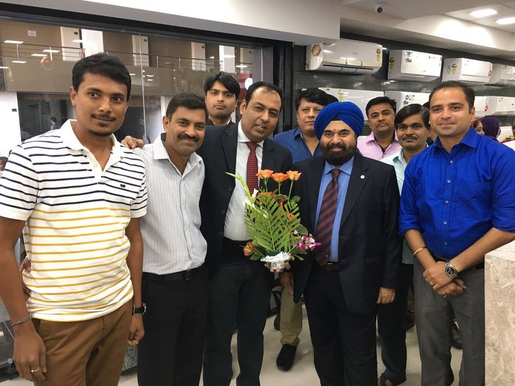 Team Harmony wishes all the success on the occasion of 4th grand opening of Navin Electronics @ Singanpore. #HarmonyMultimedia #NavinElectronics #Singanpore #Surat