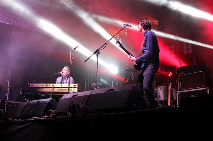 Festival Top 3 and Headliners - Toploader