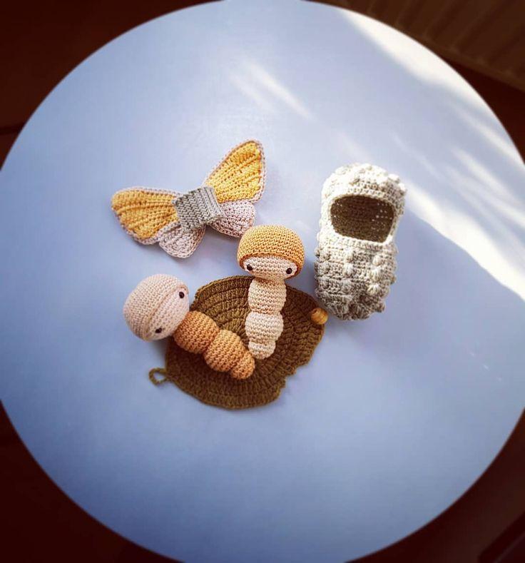Speelset Vlinder, gehaakt door De Haakjuffen met een patroon van @lalylaland. #dehaakjuffen #haken…'