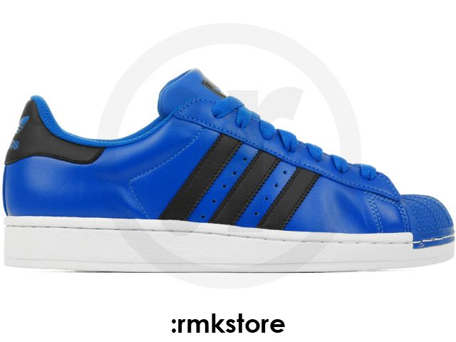 white and blue superstars