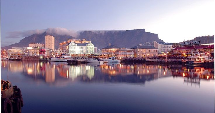 Your Guide to V&A Waterfront Holiday Rentals & Luxury Accommodation.     Cape Town Vacation Rentals - Serviced & Furnished Holiday Homes, Villas, Bungalows and Apartment Rentals throughout the Western Cape.