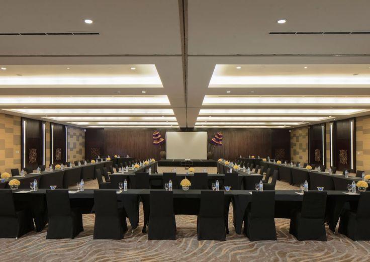 The distinctive interiors and bespoke indulgences at #TheSakalaResortBali make every business event a fête.   #Sakalabali #Sakalaresort #Sakalabeachclub #thesakalaresortbali
