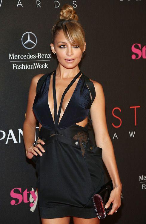 Nicole Richie Black Dress May 2017