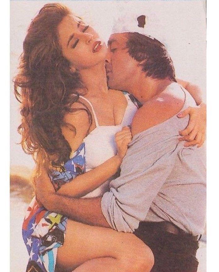 "397 Likes, 5 Comments - muvyz.com (@muvyz) on Instagram: ""#muvyz071717 #BollywoodFlashback #postcard #couplegoals #SanjayDutt #UrmilaMatondkar #instapic…"""