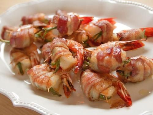 "Chuck's Favorite Shrimp (Just For Kicks) - ""The Pioneer Woman"", Ree Drummond on the Food Network."